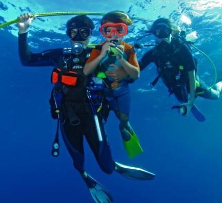 Enfant plongeur NEMO33